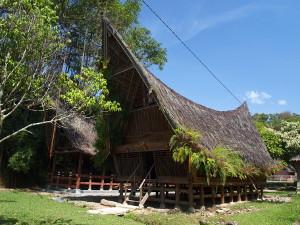 Urlaub in indonesien for Traditionelles haus bali